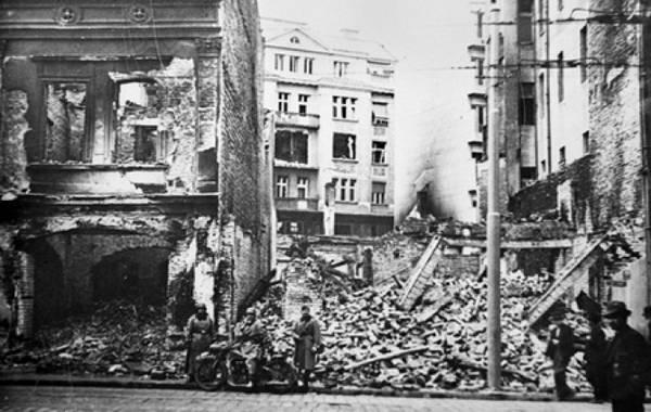 Bombardovanje-Beograda-u-Drugom-svetskom-ratu.jpg