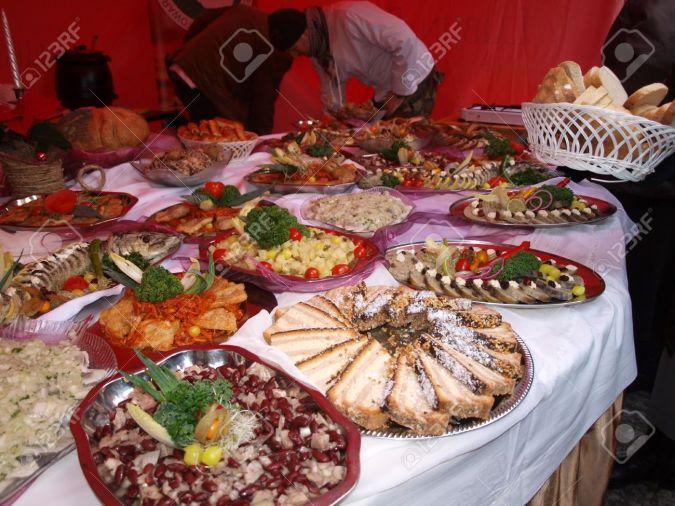 11565199-comida-típica-de-polonia-se-come-en-navidad-lublin-polonia-mercado-de-navidad-lublin-dec-18th-2011.jpg